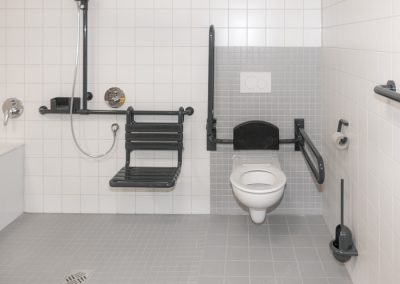 Barrierefreie Sanitäreinrichtung